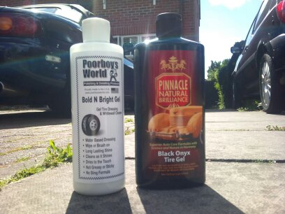 Car Tyre Dressing Review: Pinnacle Black Onyx Tyre Gel vs Poorboys Bold N Bright Tyre Gel